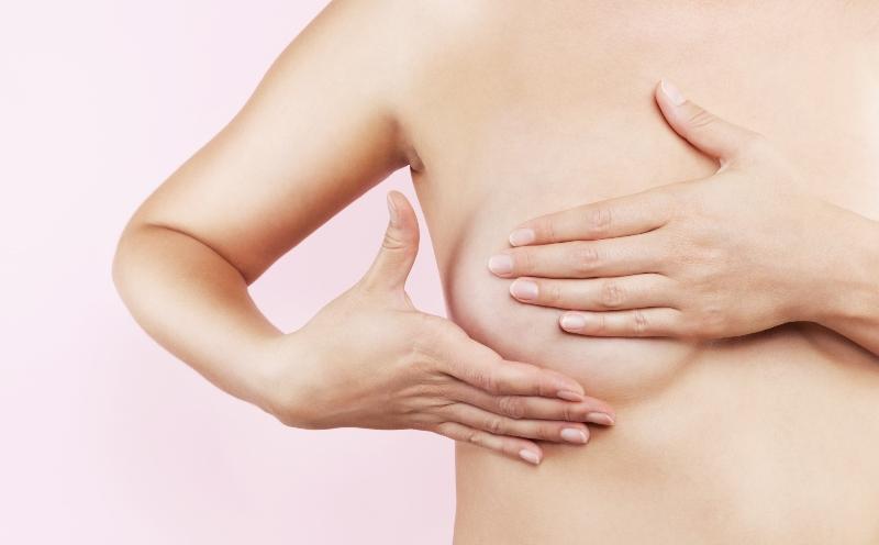 Как можно расцедить грудь